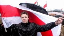 Bjeloruski novinar prisilno odveden nakon 'prinudnog' slijetanja aviona Ryanaira u Minsk