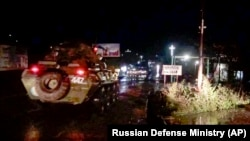 Карабах - Российские миротворцы въезжают в Степанакерт, 12 ноября 2020 г.