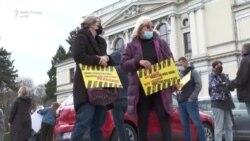 Protestë në Sarajevë për shkak të mossigurimit të vaksinave