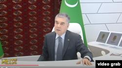 Туркманистон президенти Гурбангули Бердимуҳамедов.