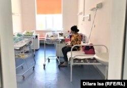 Пациентка отделения для беременных и рожениц с ковидом