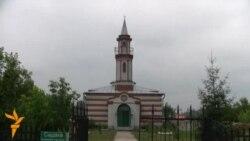 Төмән өлкәсе губернаторы йортын татар авылында салган