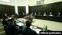 Armenia -- Armenian Prime Minister Nikol Pashinian chairs a cabinet meeting in Yerevan, December 3, 2020.