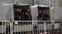 Путін «набрид». Понад 100 учасників затримано під час акцій протесту у кількох містах Росії (відео)