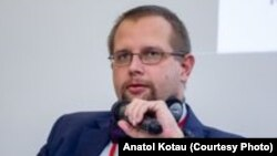 Анатоль Котаў