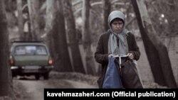 سوسن پرور در نمایی از فیلم بوتاکس