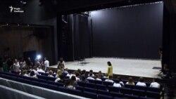 Підлітки Донбасу і Рівненської області поставлять п'єсу про копачів бурштину