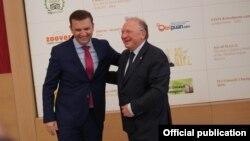 Македонскиот и бугарскиот министер за надворешни работи Бујар Османи и Светлан Стоев, 18.06.2021