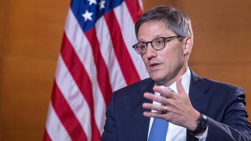 U.S. Official Cites 'Paramount Importance' Of Military Relationship With Ukraine