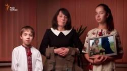 «Жива пам'ять»: волонтер і фотохудожник створили проект про родини загиблих на Донбасі воїнів