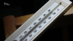 Добу без тепла: у Харкові ліквідовують аварію на тепломагістралі (відео)
