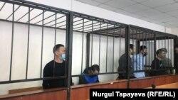 Обвиняемые по делу об убийстве Жанболата Агадила. Нур-Султан, 19 февраля 2021 года.
