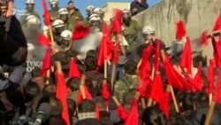 Студенти і школярі в Греції побилися з поліцейськими, підтримавши страйк вчителів – відео