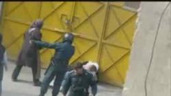 حمله نیروهای انتظامی