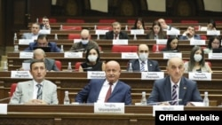 Armenia - Deputies from the ruling Civil Contract party attend a parliament session,, September 13, 2021.