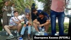 Во время шествия добровольцы раздавали воду. Хабаровск. 18 июля 2020