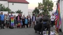 Homazhe në Prishtinë për viktimat e Orlandos
