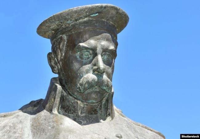 Пам'ятник Тарасу Шевченку в Казахстані у місті Форт-Шевченко