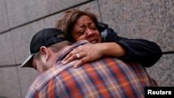 Mulți au primit în lacrimi verdictul. Nu e bucurie, e dreptate, spun activiștii pentru drepturile persoanelor de culoare.