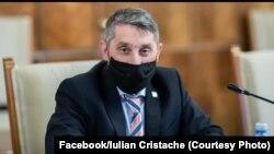 Iulian Cristache, președintele Federației Naționale a Asociațiilor de Părinți – învățământ preuniversitar