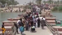 نازحون على جسر بزيبز قرب بغداد