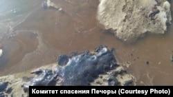 Нефтеразлив в Коми