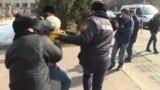 «Пусть Назарбаев уйдет!». Как задерживали в Алматы