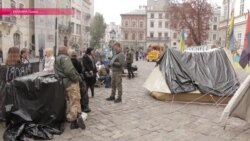 Донбасс ворвался в мэрию Львова: чего добиваются бывшие участники конфликта