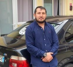 Магомед Гадаев, депортированный из Франции в Россию
