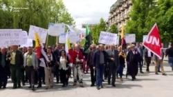 Punëtorët protestojnë për 1 Maj në Prishtinë