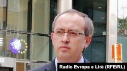 Премиерот на Косово Авдулах Хоти