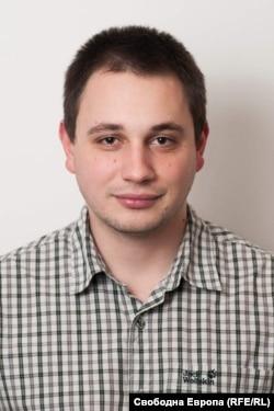 Александър Наумов