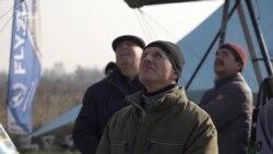 Авіалюбителі перетворюють «цвинтар літаків» на діючий аеродром під Запоріжжям (відео)