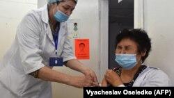 Вакцинация против коронавируса. 29 марта 2021 года.