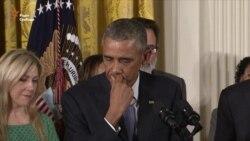 Обама не зміг стримати сліз, згадуючи жертв розстрілів у школах (відео)