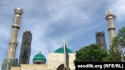 """Масҷиди """"Исломобод"""" дар Тошканд."""
