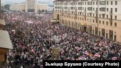Протесты в Минске после президентских выборов 2020 года.