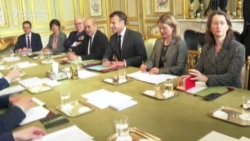 French President Hosts Ukrainian Presidential Candidate Zelenskiy