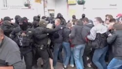 Police Crack Down On Protesters In Belarusian Cities
