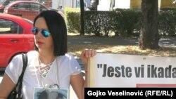 Protestu je prisustvovala i majka Davida Dragičevića, Suzana Radanović (na fotografiji), Banja Luka (15. juli 2021.)