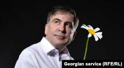 Mihail Szaakasvili felkavarta a már amúgy is örvényes georgiai politikai vizeket