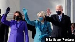 Джо Байден с женой Джилл и Камалой Харрис.