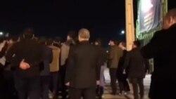 فریادهای بقایی در اعتراض به لباس شخصیها(کانال دولت بهار)