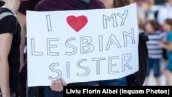 România rămâne printre ultimele 7 țări din UE care nu recunosc legal cuplurile gay