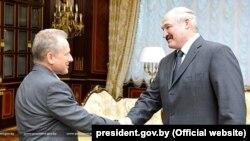 Рыгор Ёфэ і Аляксандар Лукашэнка, 2011 год