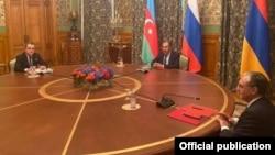 وزرای امور خارجه ارمنستان، روسیه و آذربایجان
