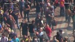 Радіо Свобода зафіксувало на відео людину, яка кидає гранату в силовиків під ВР