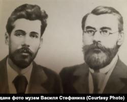 Український письменник Василь Стефаник (ліворуч) і лікар, філософ Вацлав Морачевський