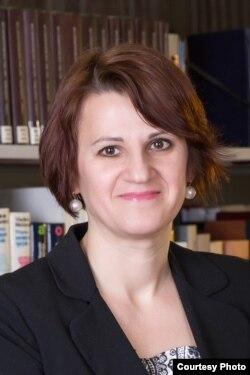 Svetlana Suveică