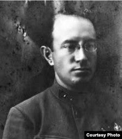 Юрий Перцов